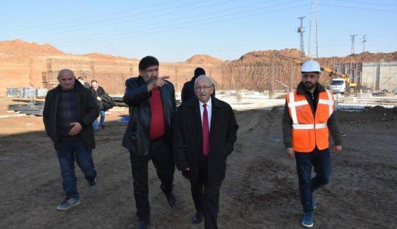 Başkan Albayrak Otobüs Terminali inşaatını inceledi