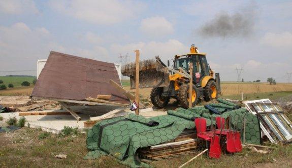 Kaçak yapılar yıkılıyor