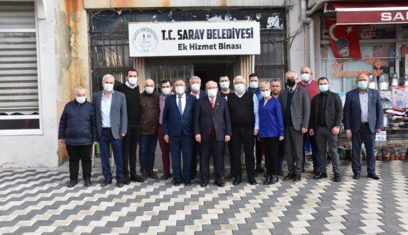 Saray'da Meclis toplantısına katıldı