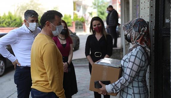 Çölyak Hastalarına Glutensiz Gıda Paketi Verildi