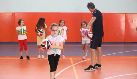 Kapaklı'da Yaz Spor Okulları Devam Ediyor