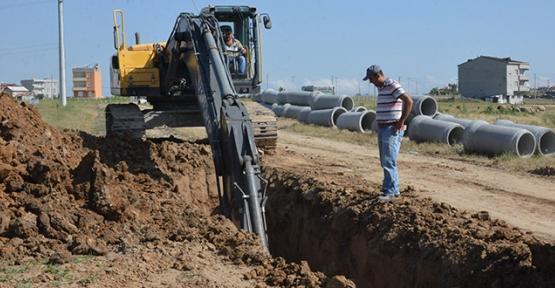 Kanalizasyon hattı çekim çalışmaları devam ediyor